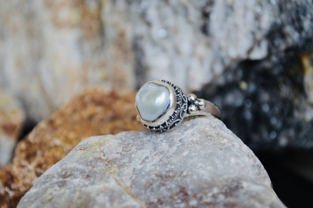 Pearl Ring - size 7