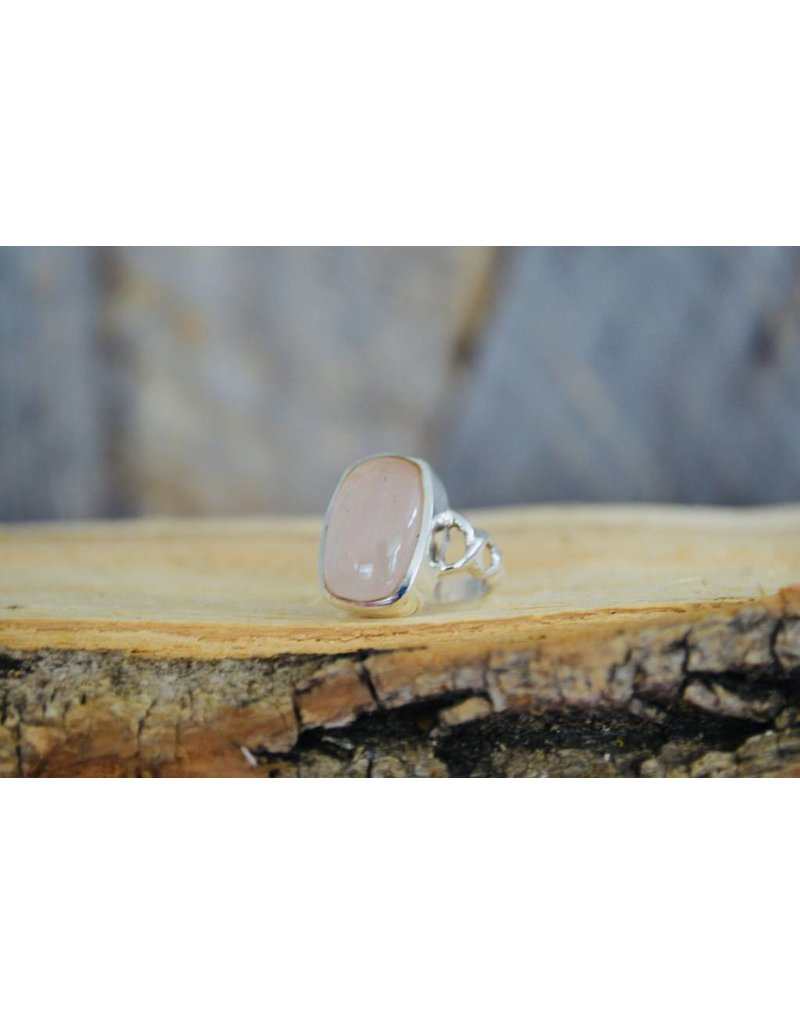 Rose Quartz Ring - size 6.5