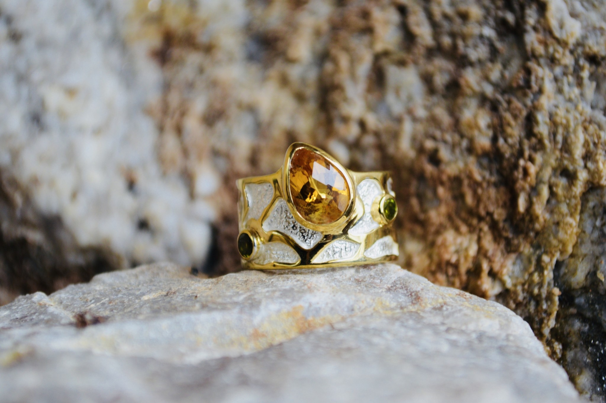 Citrine w/ green amethyst Ring - size 7