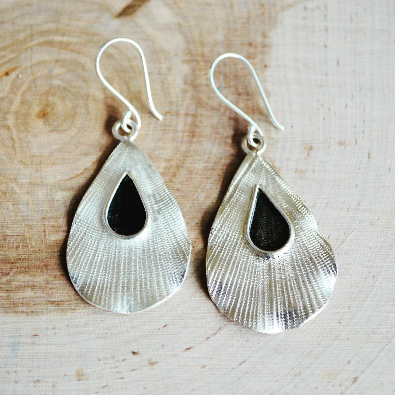 Fine Silver & Oxidized Tear Drop Earrings