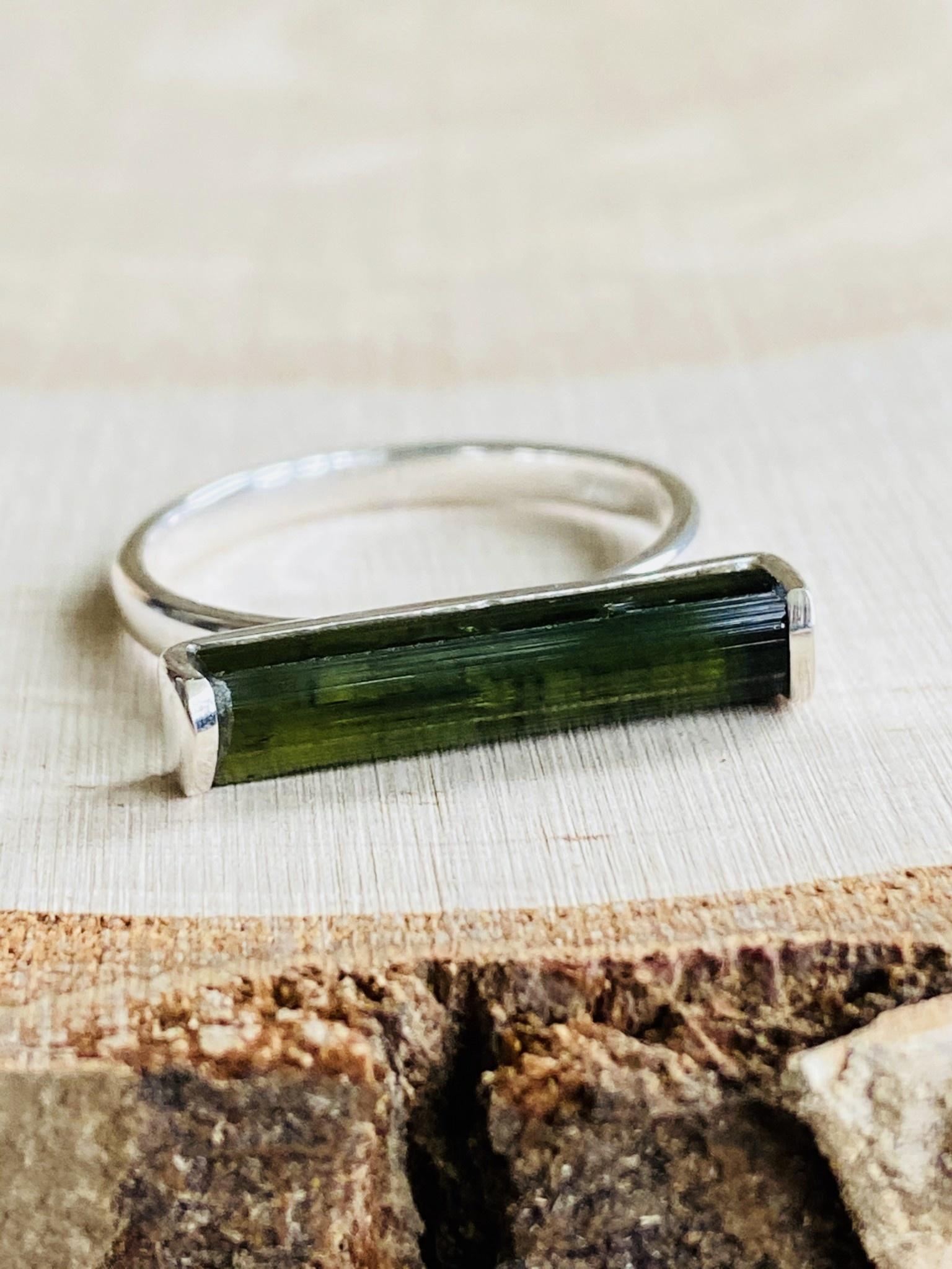 Green Tourmaline Bar Ring - Size 8