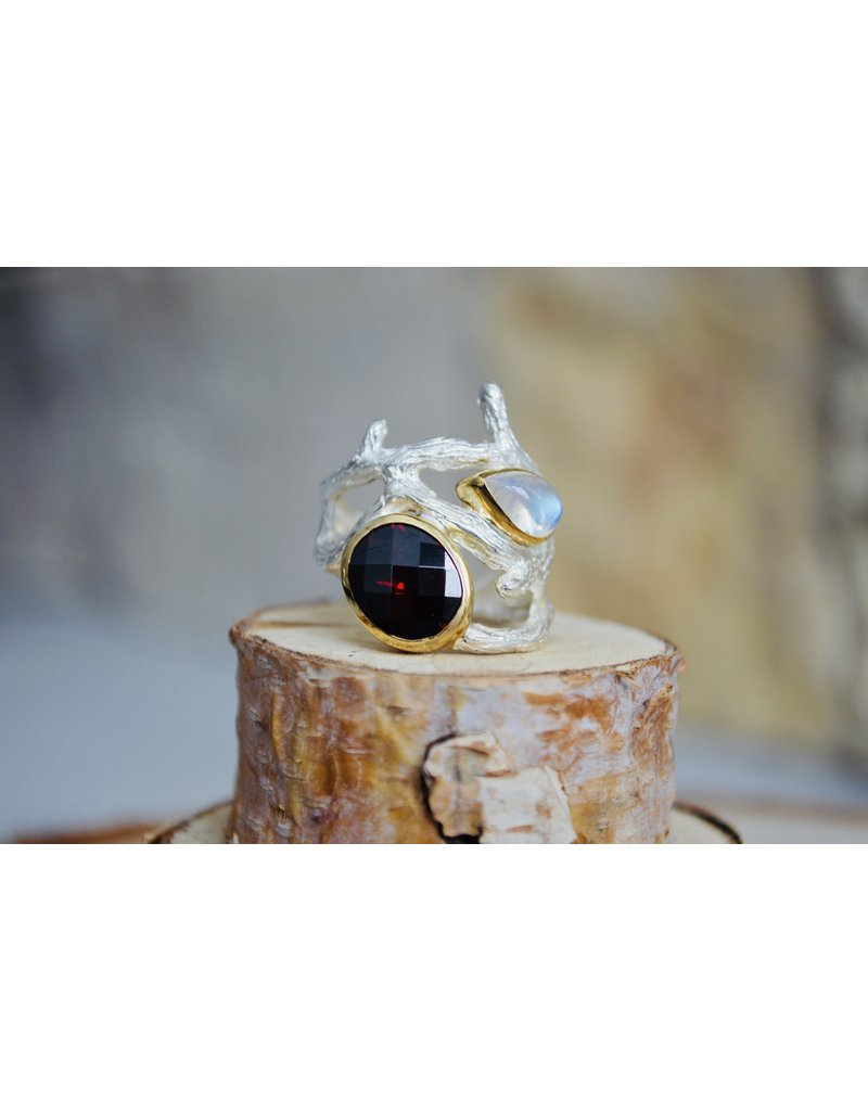 Garnet & Moonstone Branch Ring - Size 8
