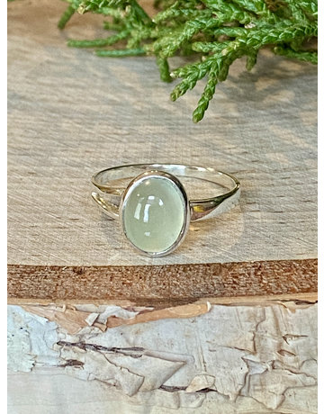 Small Oval Prehnite Ring - Size 7