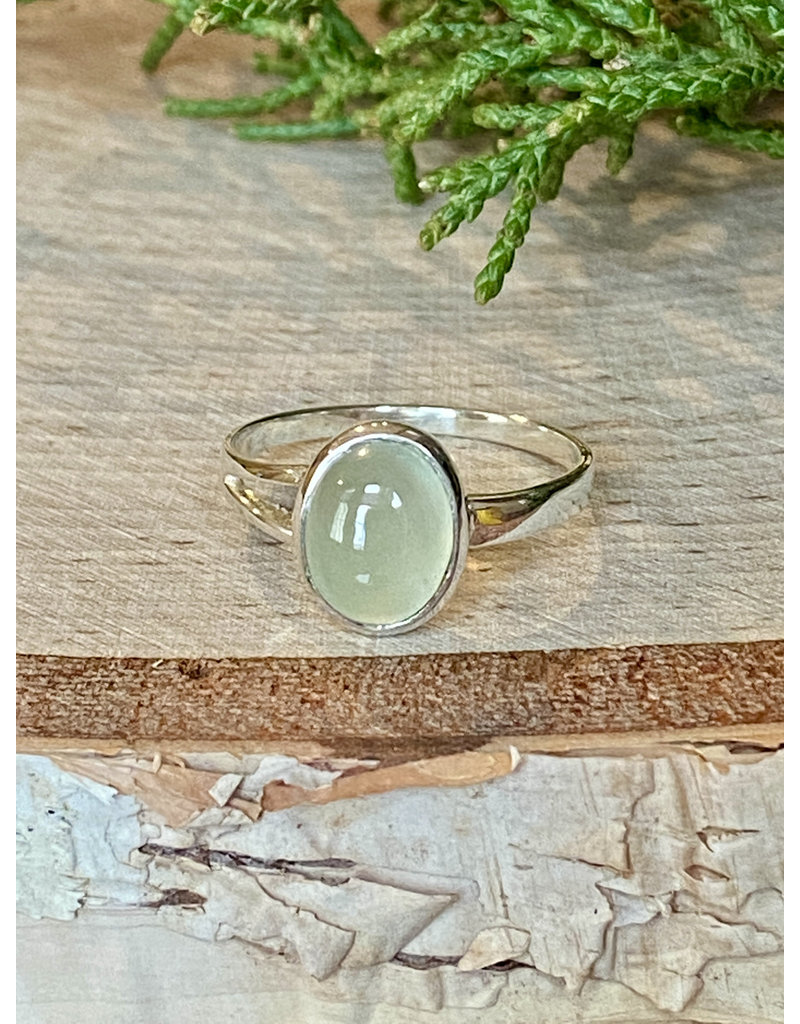 Small Oval Prehnite Ring - Size 7