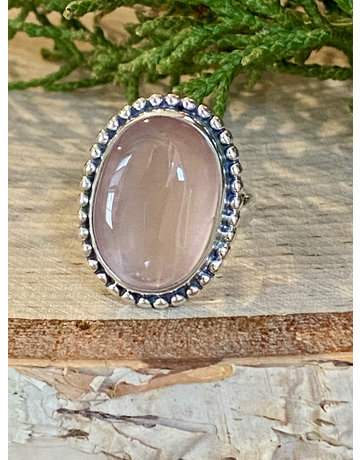 Oval Rose Quartz Ring - Size 6