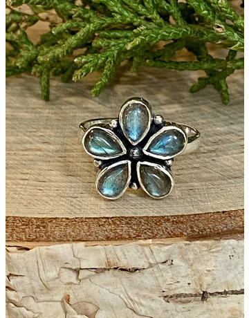 Labradorite Flower Ring - Size 7