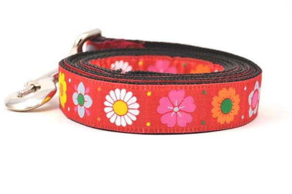 Six Point Pet Red Daisy Chain Leash