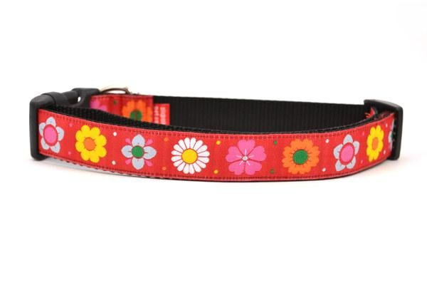 Six Point Pet Red Daisy Chain Collar