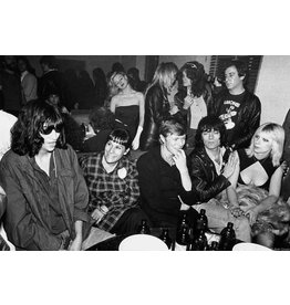 Gruen Joey Ramone, Linda Stein, David Bowie, Dee Dee Ramone, Danny Fields and Vera Ramone, Mudd Club, NYC 1979