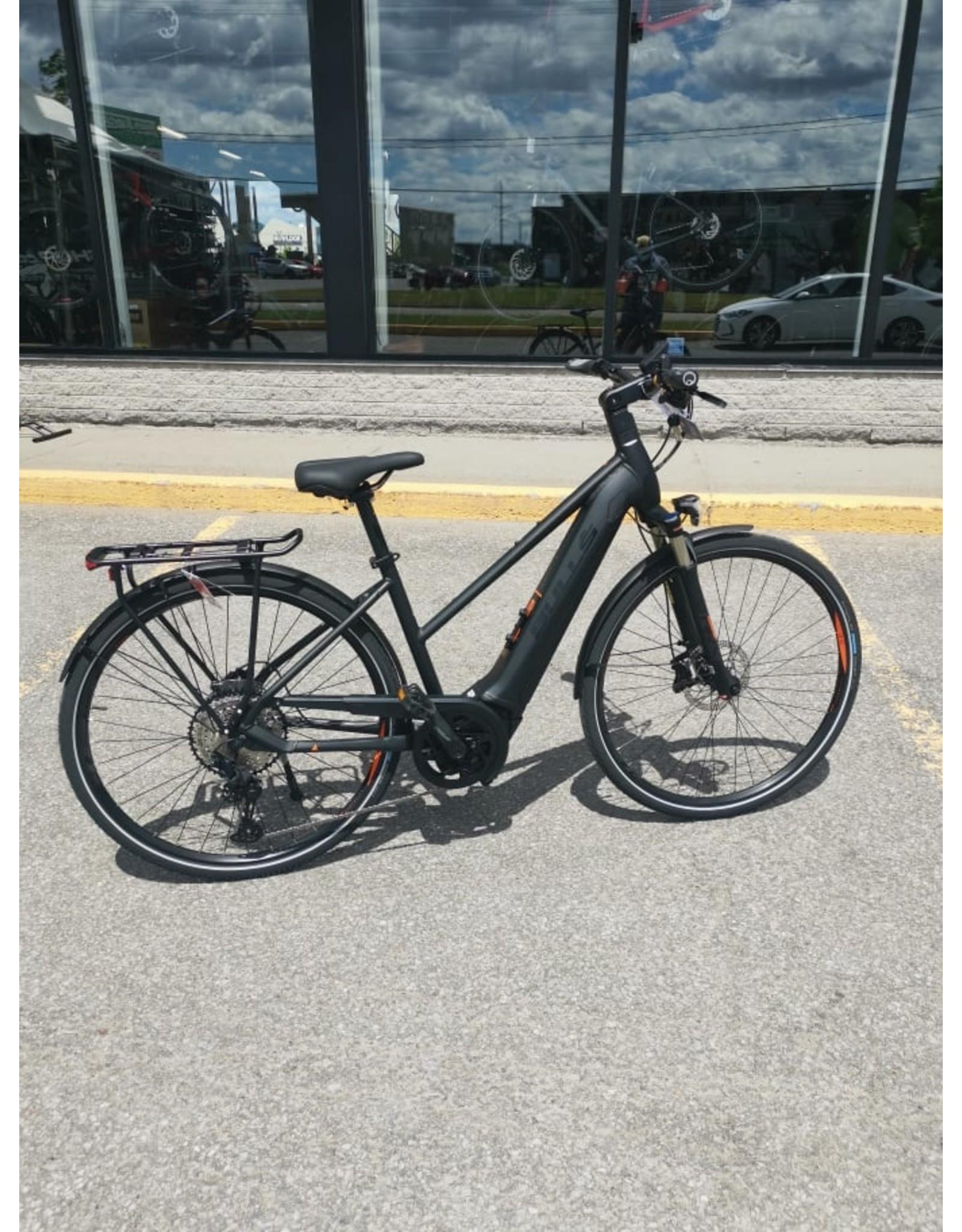 BULLS Bulls Cross Lite Evo Diamond Matt Black electric bike
