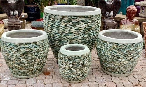 NATURAL STONE POTTERY