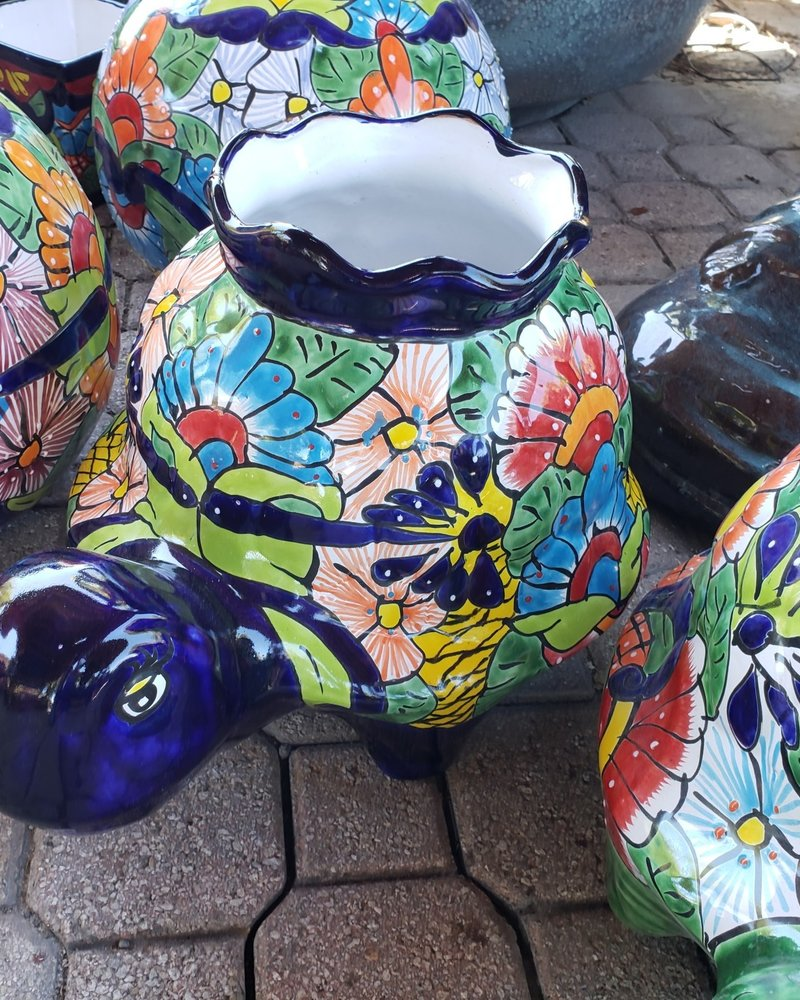 TALAVERA BIG TURTLE CROWN PLANTER LG
