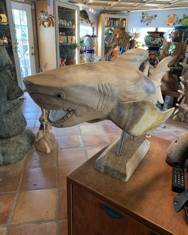 CARVED WOOD CARVED WOOD SHARK