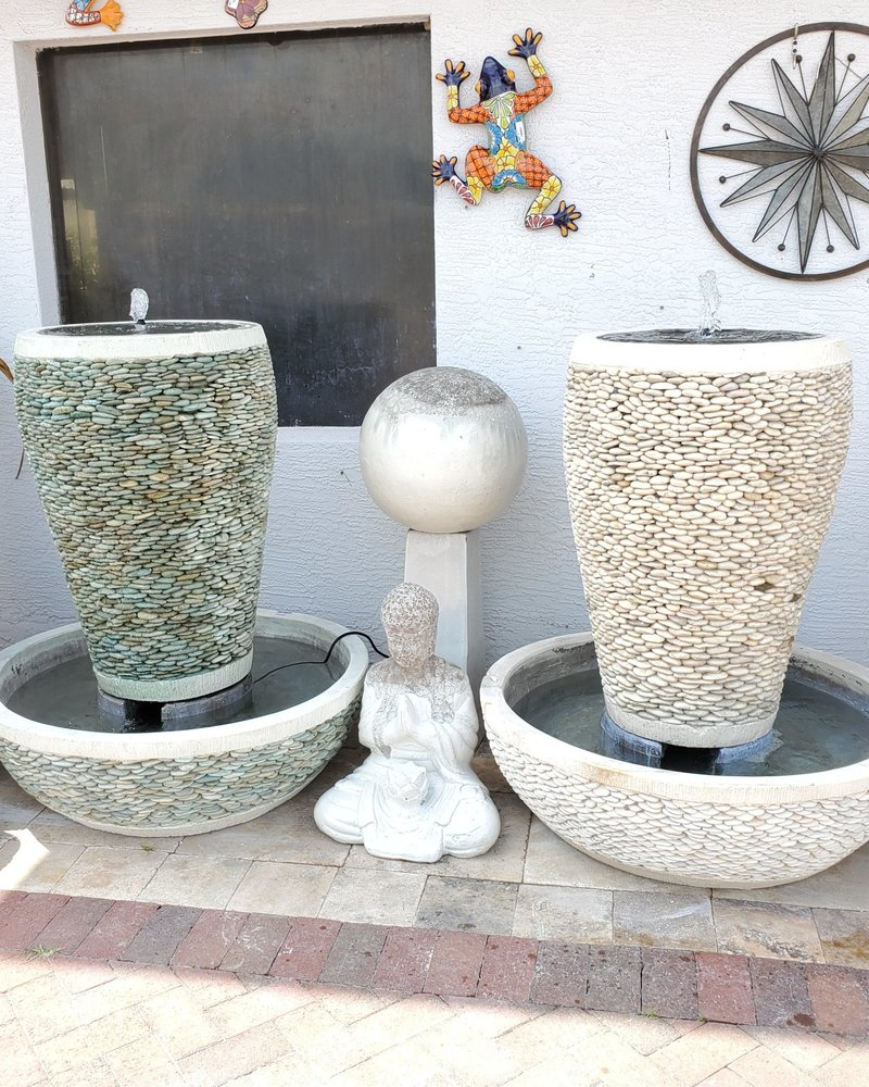 NATURAL STONE PEBBLE FTN LG COMPLETE