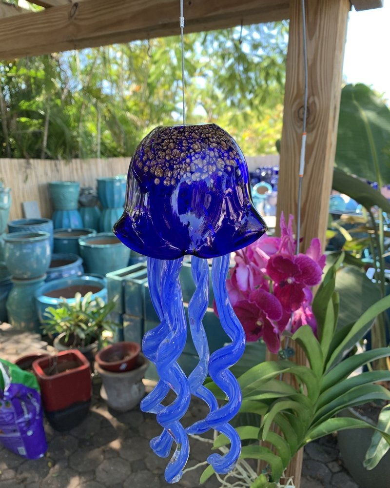 GARDEN ART & ACCESSORIES HANGING GLASS JELLY FISH MD