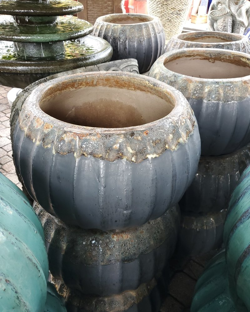 HIGH FIRED CERAMIC CLASSIC HOSE POT