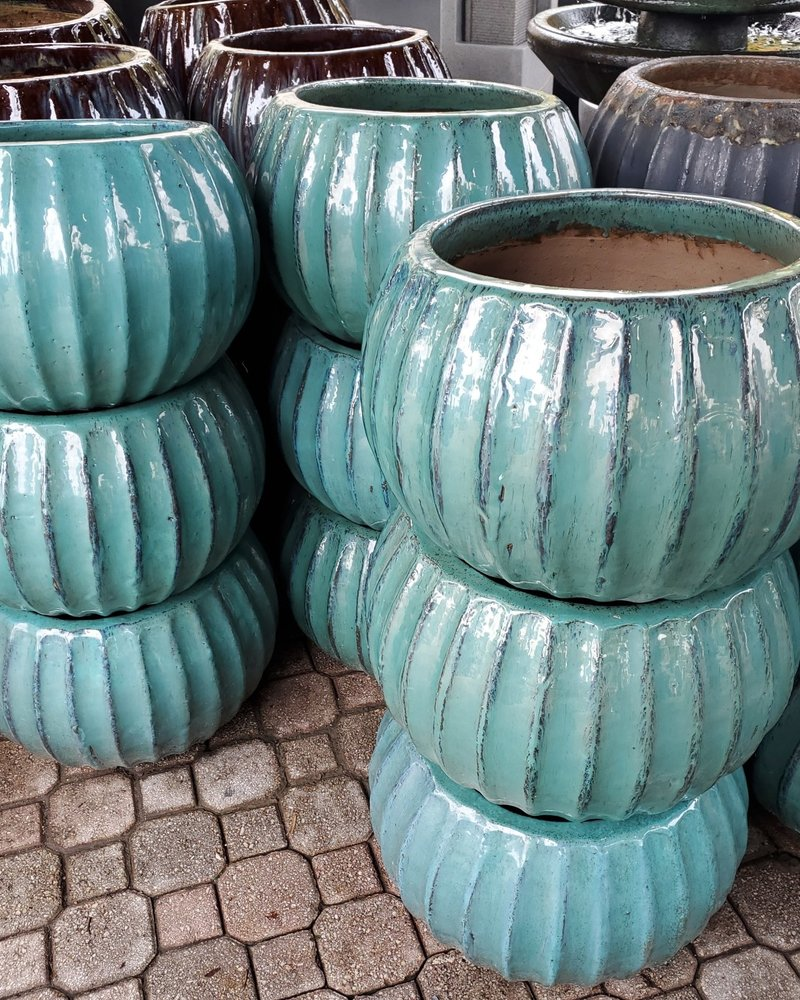 GARDEN ART & ACCESSORIES CLASSIC HOSE POT