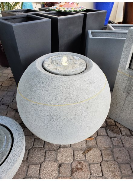 FEATHER STONE FEATHER STONE SPHERE FOUNTAIN LG