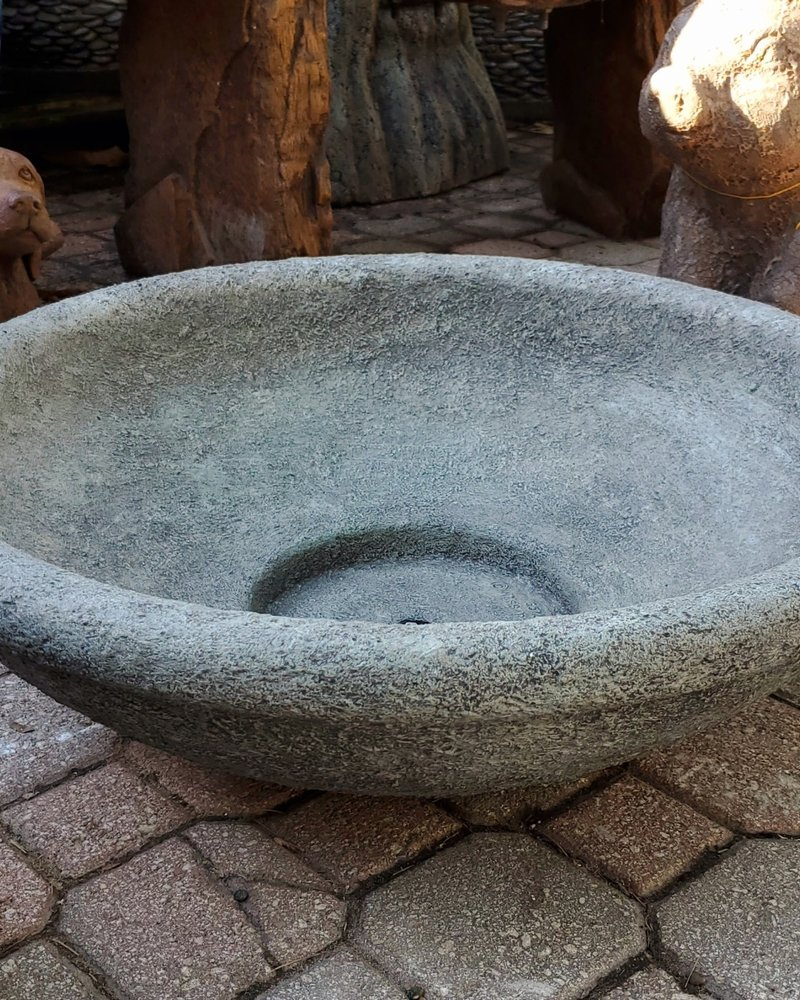 CAST STONE MEDIUM LOW BOWL PTR