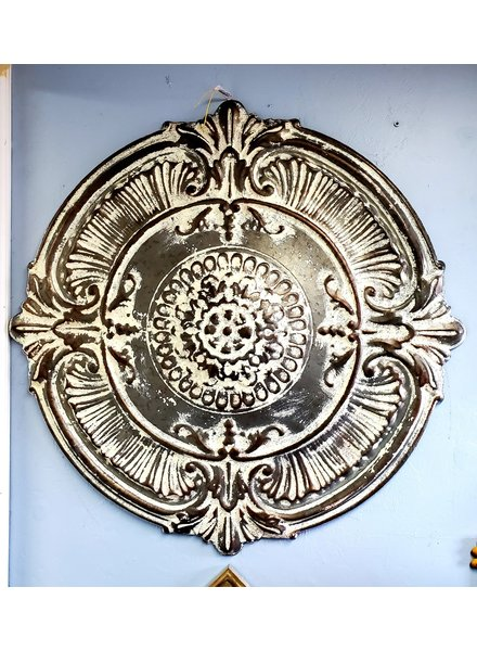 WALL ART ANTIQUE WHITE MEDALLION XL