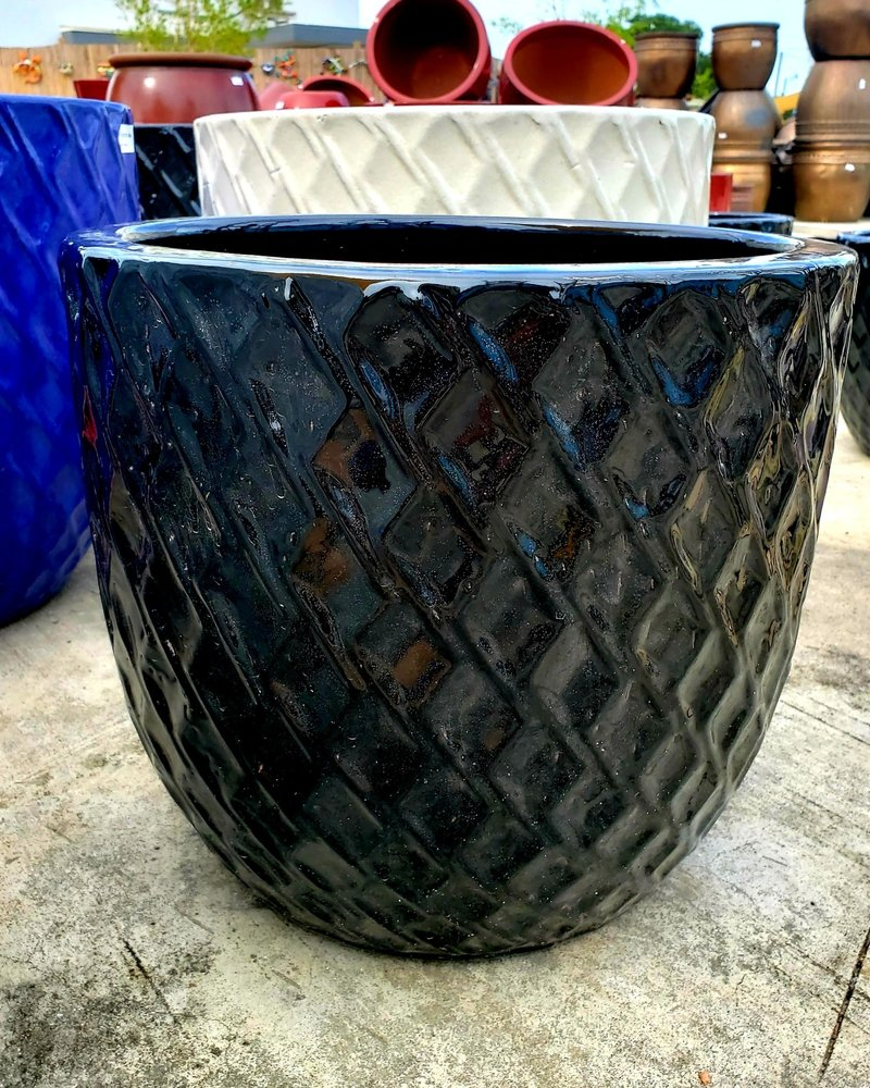 HIGH FIRED CERAMIC LB BERBER PLANTER LG
