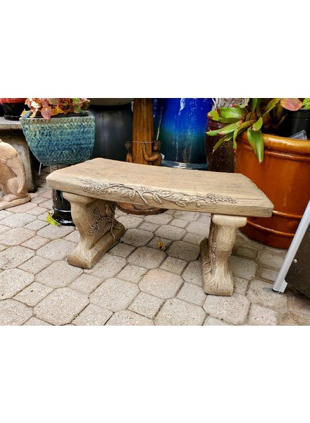 TABLES & BENCHES PETITE WOODSCAPE SEAT