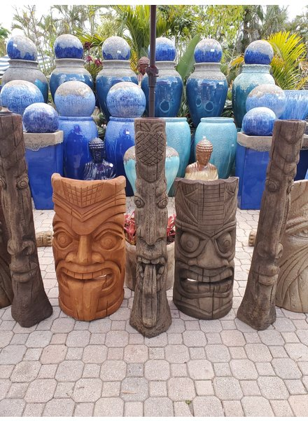 "CAST STONE 50"" TIKI POST W/ TONGUE OUT"