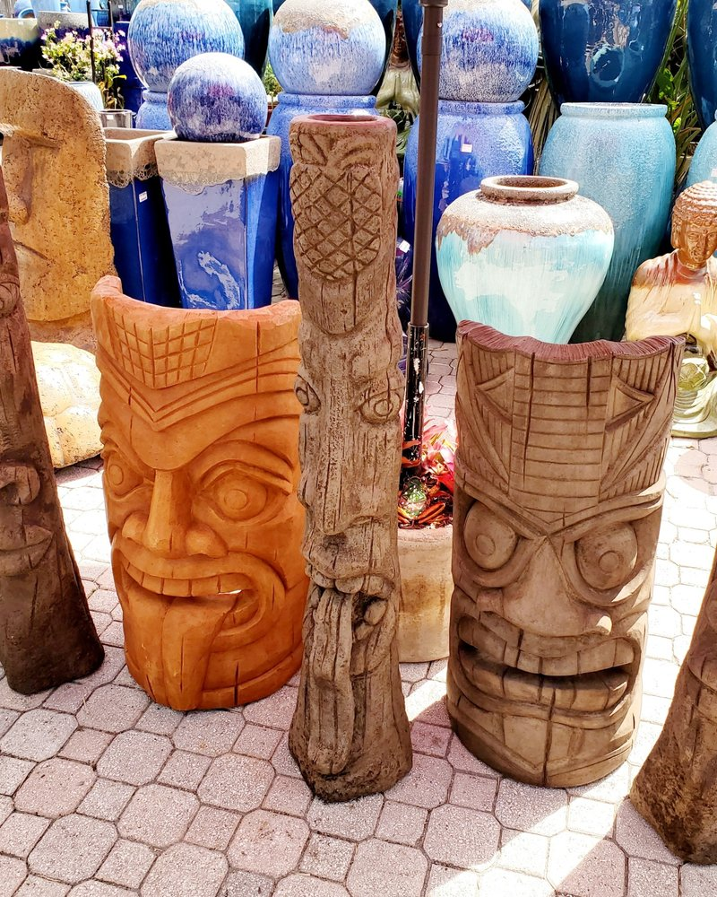 """CAST STONE 50"""" TIKI POST W/ TONGUE OUT"""
