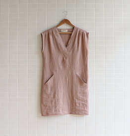 Eve Gravel - Robe Moss Roses - Nutmeg