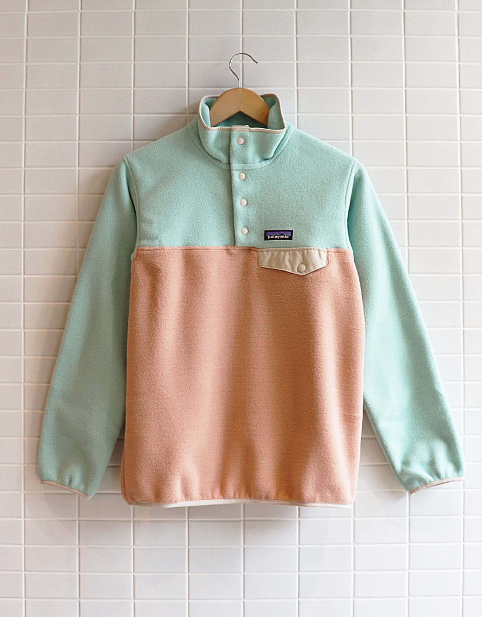 Patagonia - W's LW Synch Snap-T P/O - Scotch Pink