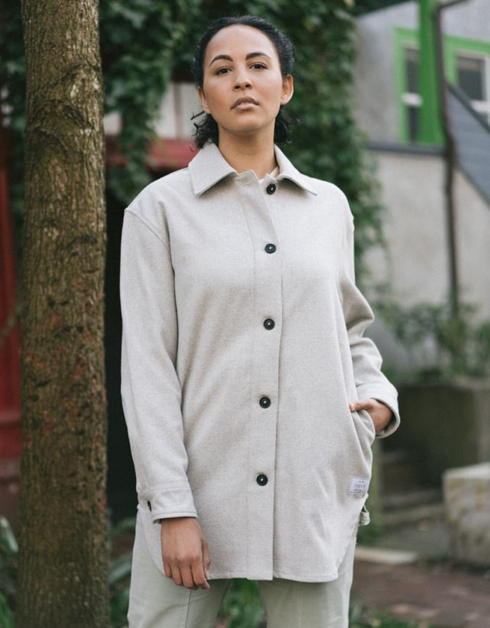Anian Anian - The Painters Coat