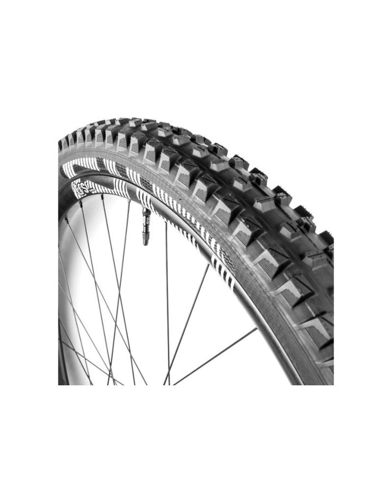 E*thirteen e*thirteen TRS Race Tire 29 x 2.35, Dual Compound, Apex and Aramid Reinforced Casing, Black, Tubeless Compatible