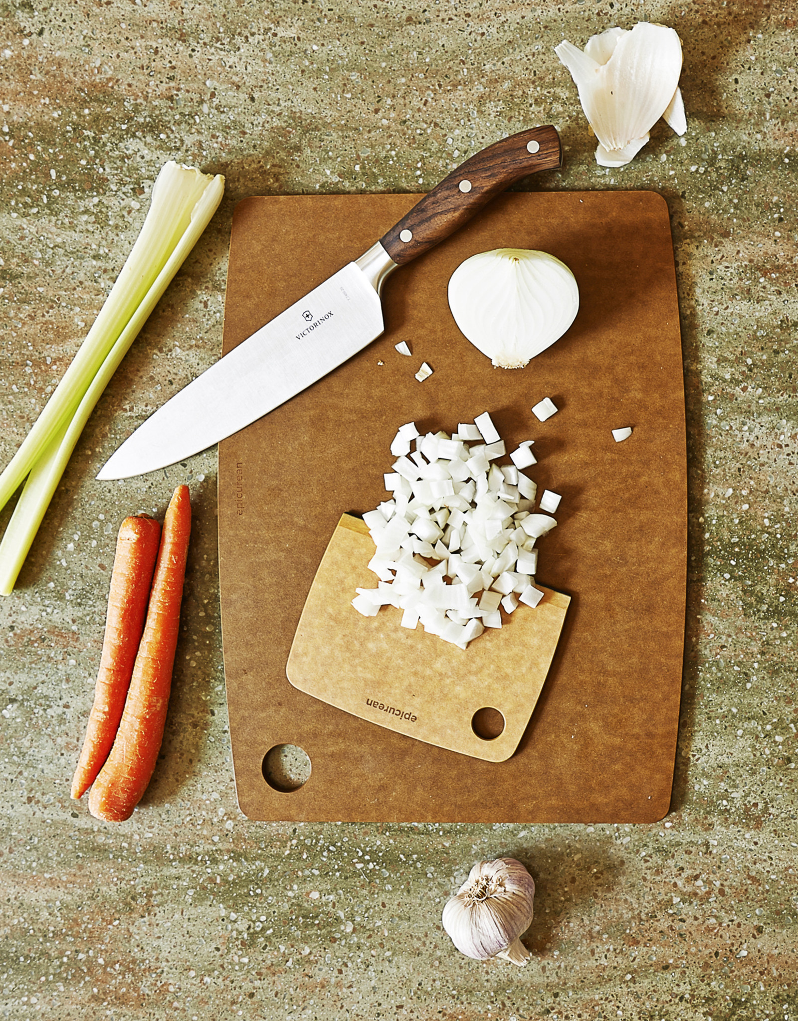 Epicurean Racloir / Coupe-pâte en bois naturel-muscade