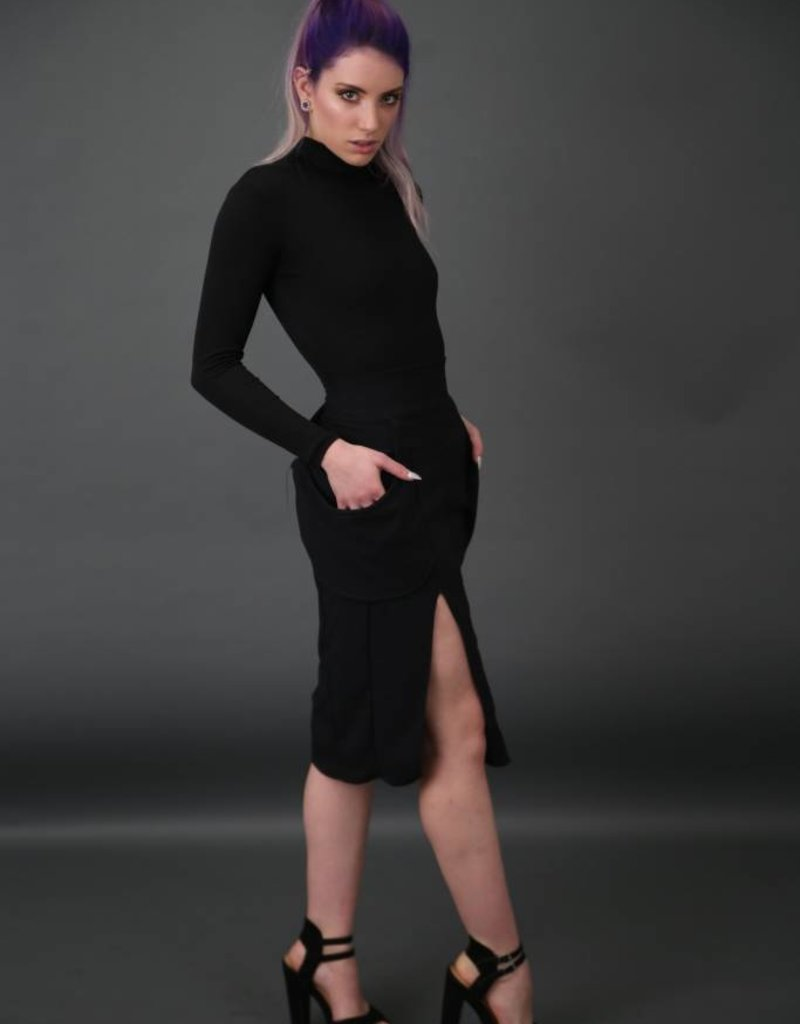 BellaNiecele Plunge Pocket Two Slit Pencil Skirt