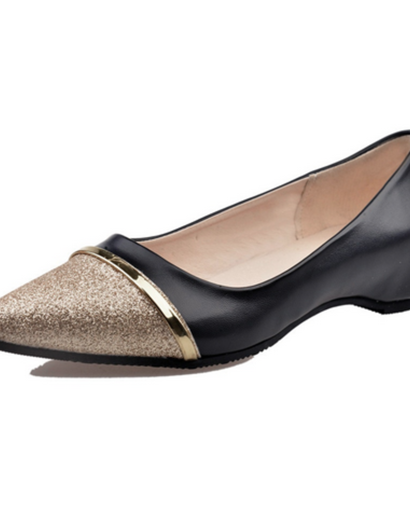 BellaNiecele Gold Pointed Toe Loafers