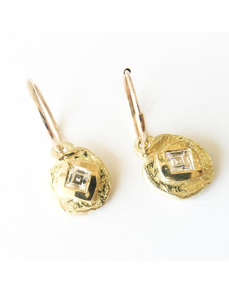 BREVARD 18K Diamond Dot Earrings