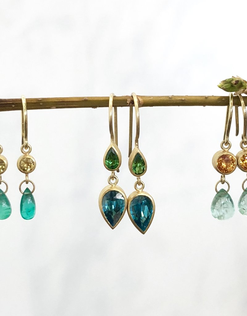 MALLARY MARKS Apple & Eve Earrings - Mali Garnet & Emerald