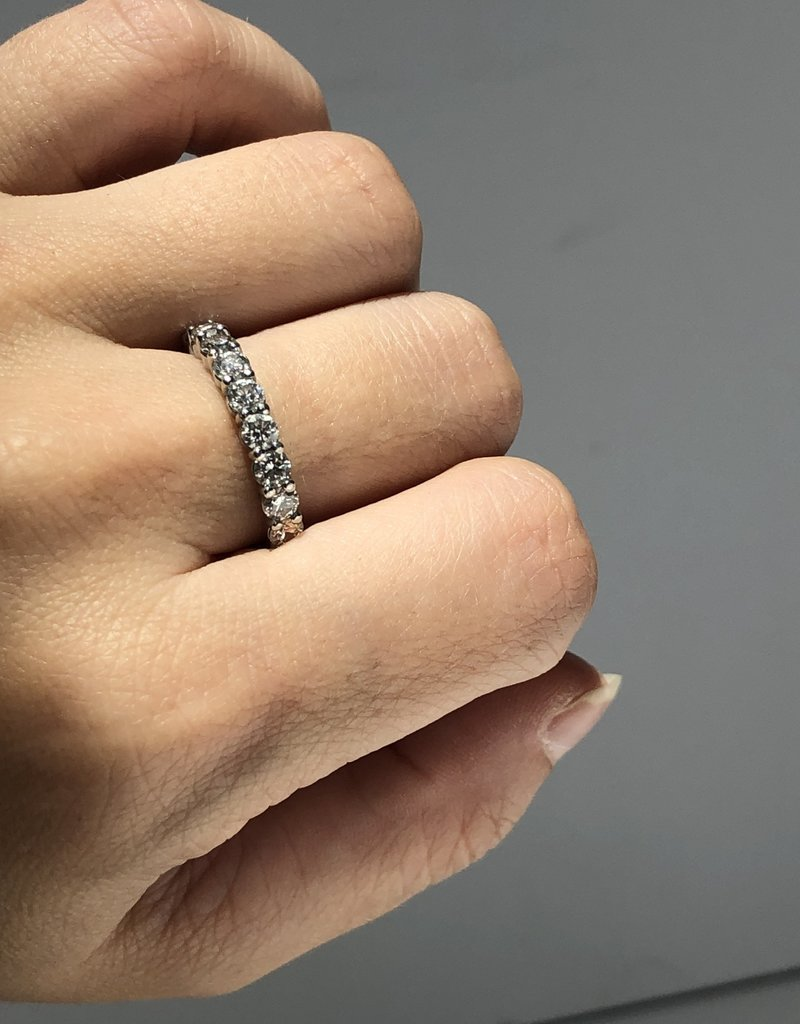 ILA Windsor Diamond Band Platinum