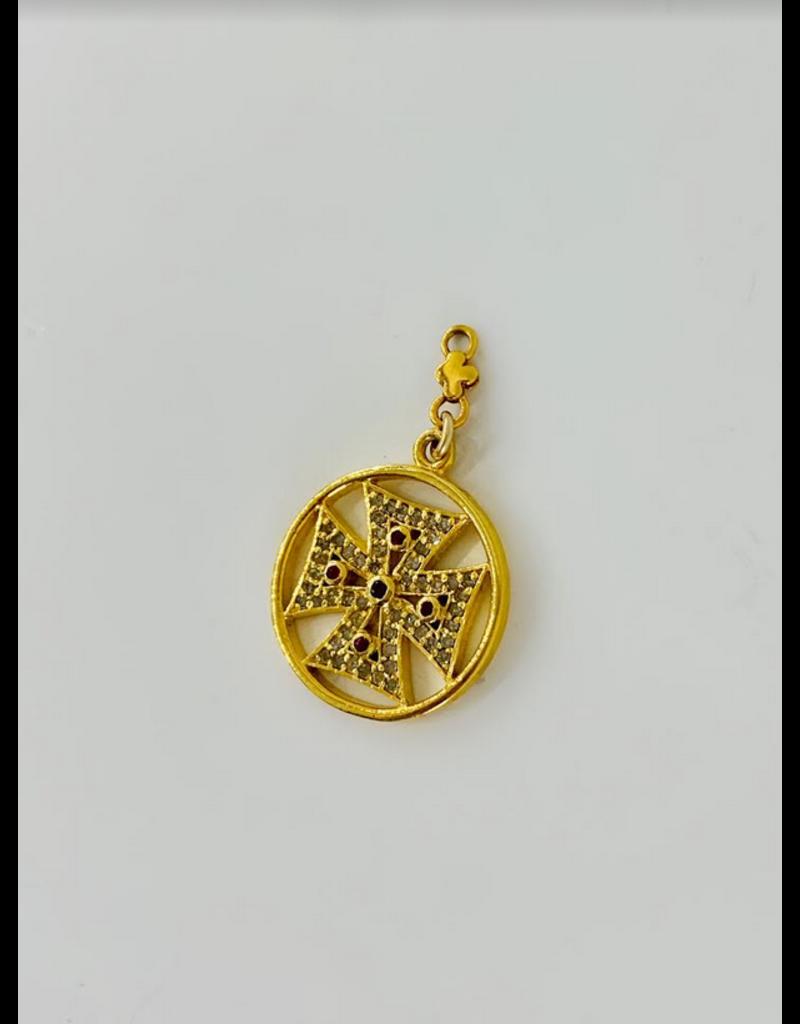 SENNOD Diamond and Ruby Cross Medallion Vignette