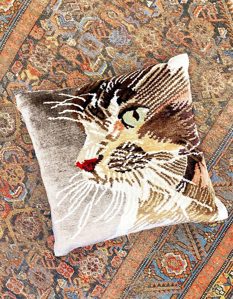 Shemi Pillow - Grey Cat