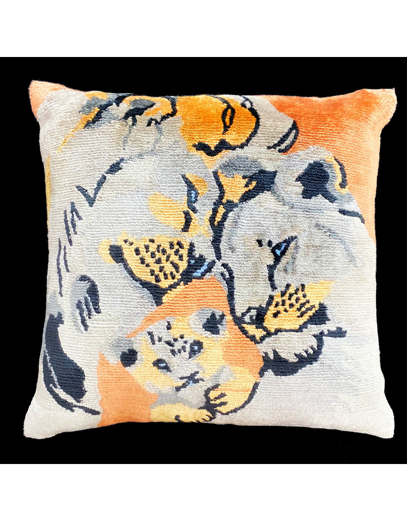 Tak Pho Lion Family Pillow