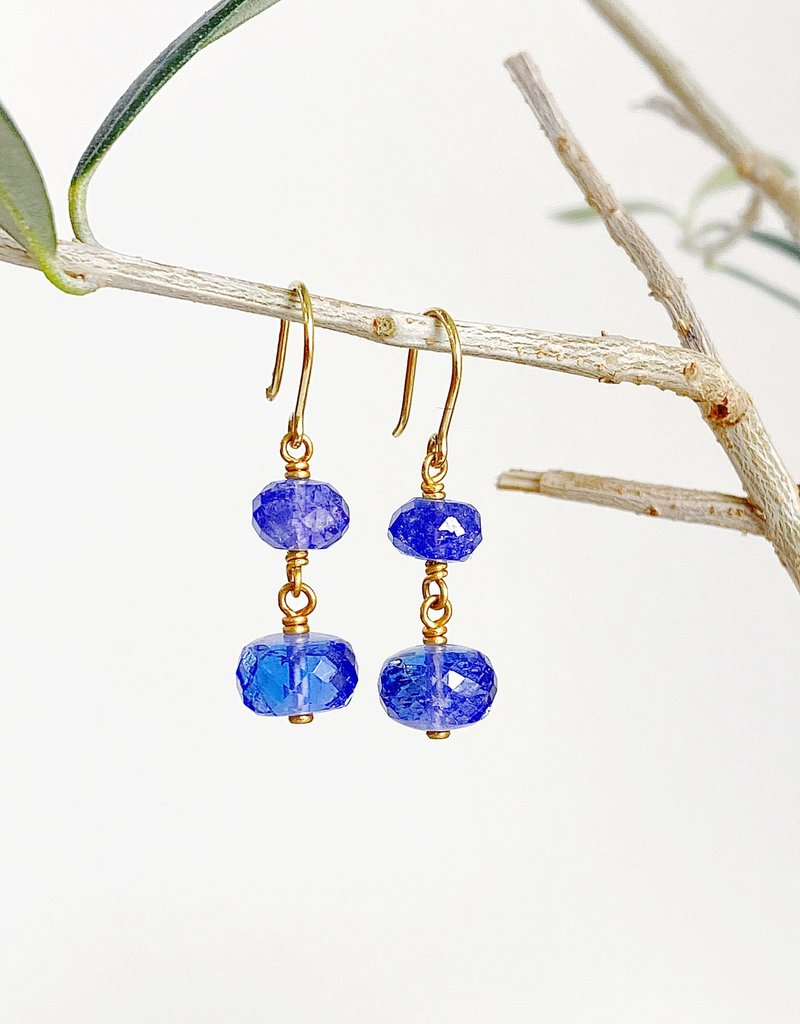 MALLARY MARKS Spun Sugar Earrings - Tanzanite