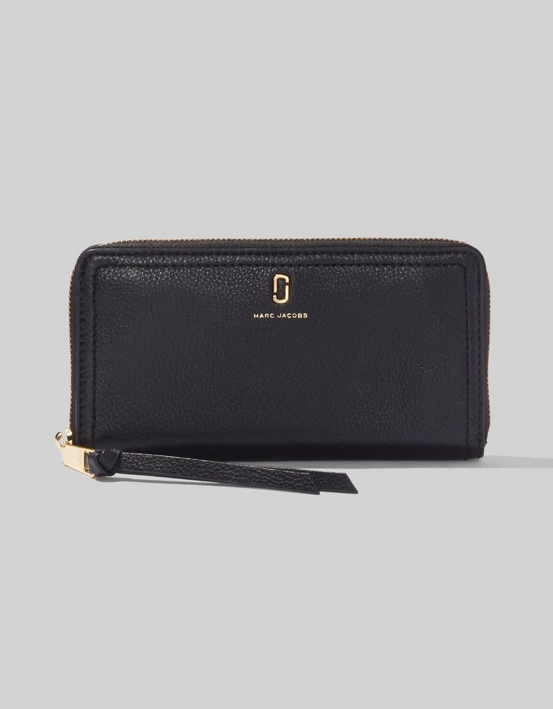 MARC JACOBS Standard Continental Wallet Pebbled Leather -