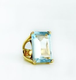 SHAESBY Aquamarine Ring