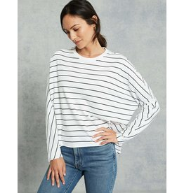 TEE LAB Oversized Continuous Sleeve Sweatshirt -