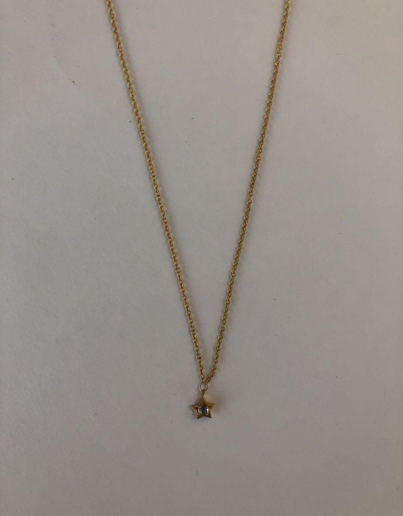 "SENNOD Moonstone Star Necklace (16-18"" Gold)"