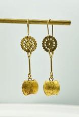 SENNOD Disc w/ Kidney Dangle Earring