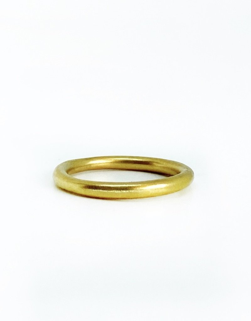 SHAESBY 18K Large Organic Rounded Band Ring