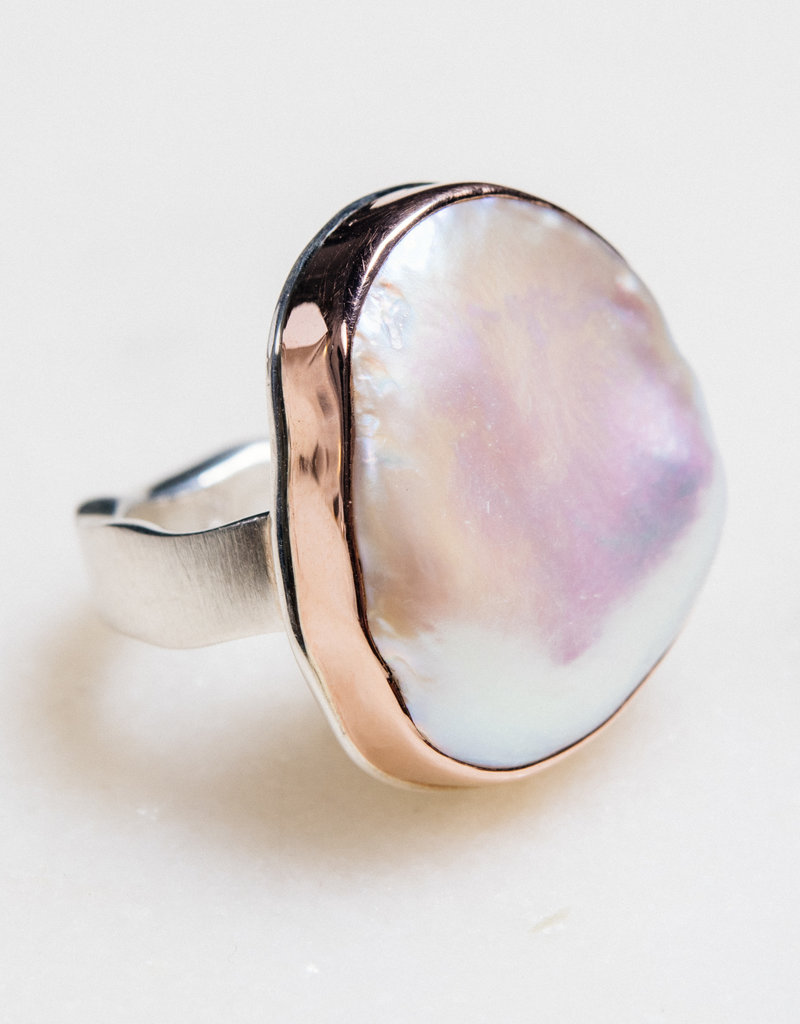 JAMIE JOSEPH Vertical Asymmetrical Pink Cultured Pearl Ring