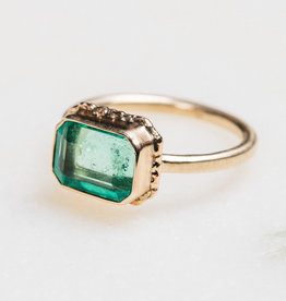JAMIE JOSEPH Small Rectangular Emerald Ring